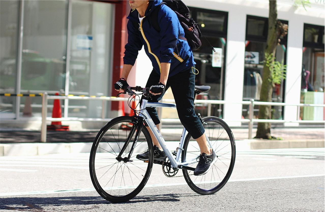 自転車の 自転車 フジ : フジのクロスバイク、ROUBAIX AURA ...
